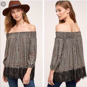 Anthropologie Vanessa Virgina Augusta Top